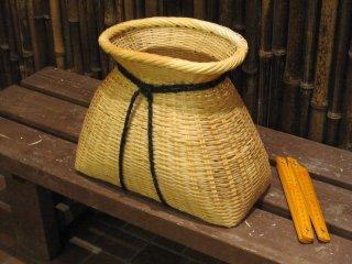 篠竹ビク(巾広)皿付