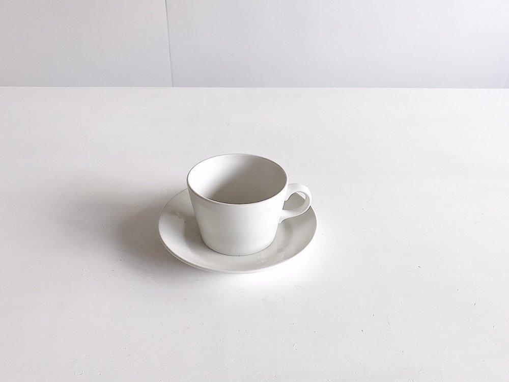 Tea Cup & Saucer / ARABIA Kilta