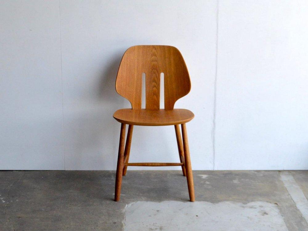 Chair / J67
