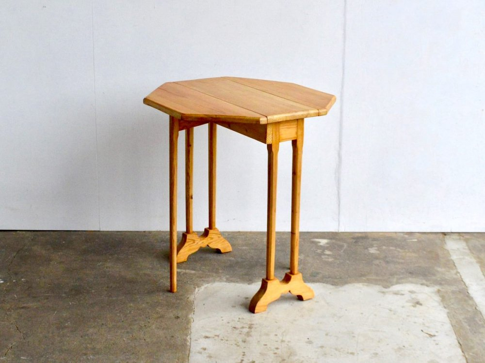 Folding Table (2)