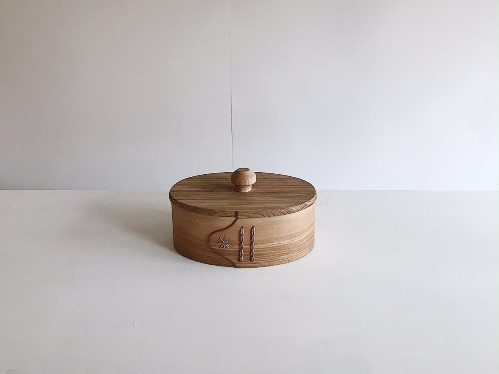 Oval canister