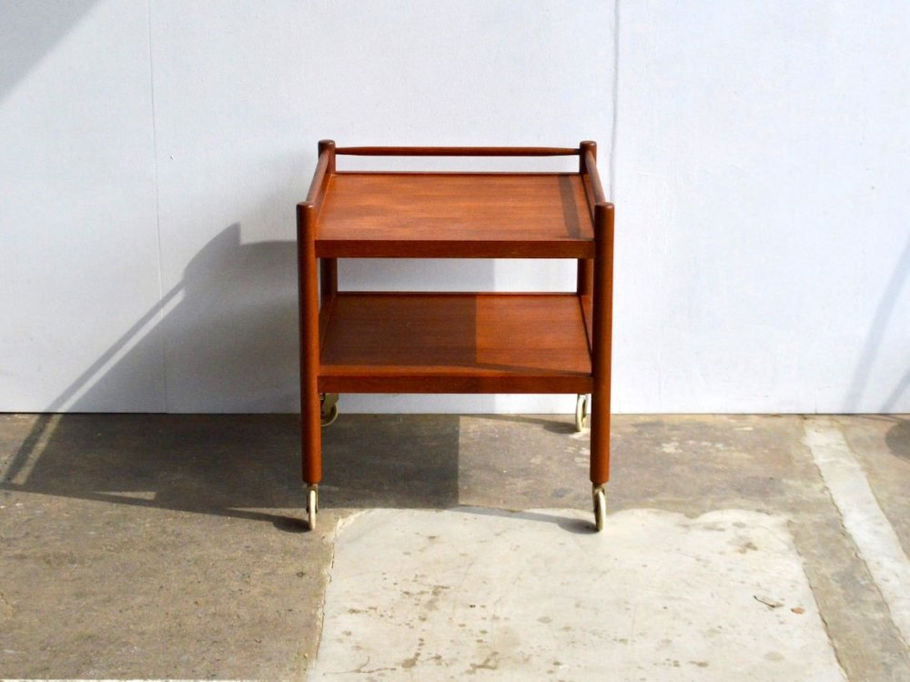 Wagon Table / Roll