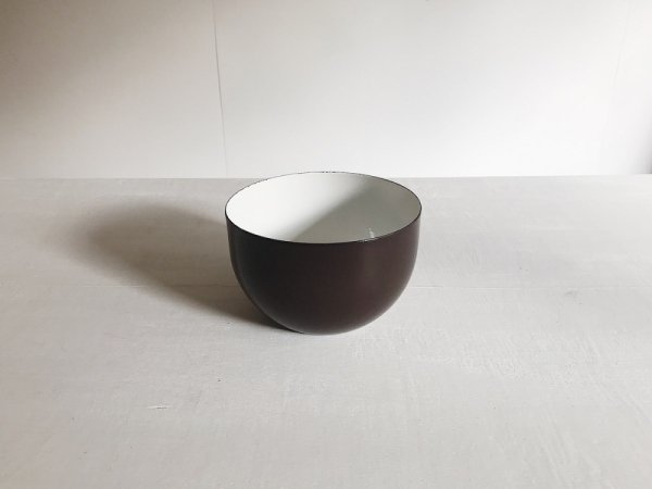 Enamel bowl /  FINEL