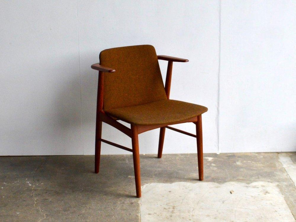 Chair / Hans Olsen