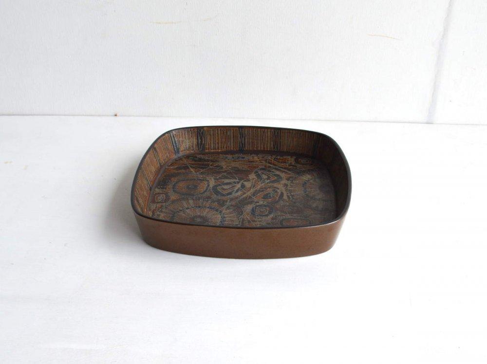 Plate (L) 四角  / Baca