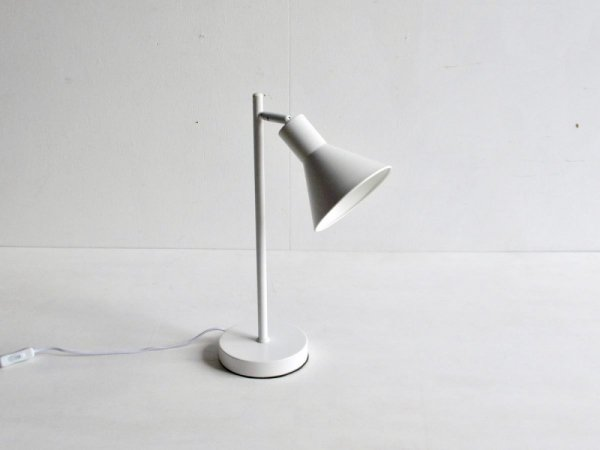 Desk Lamp (1) /Nordlux 白