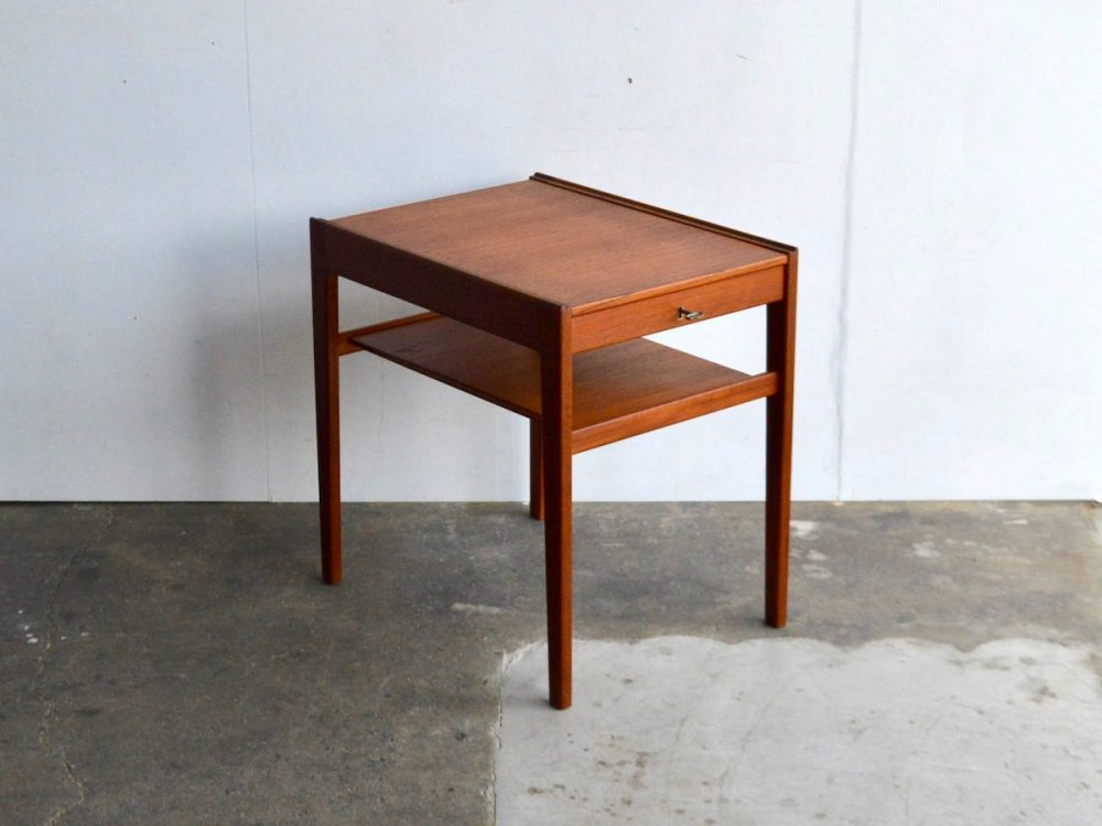 Side Table (16) / DIXI