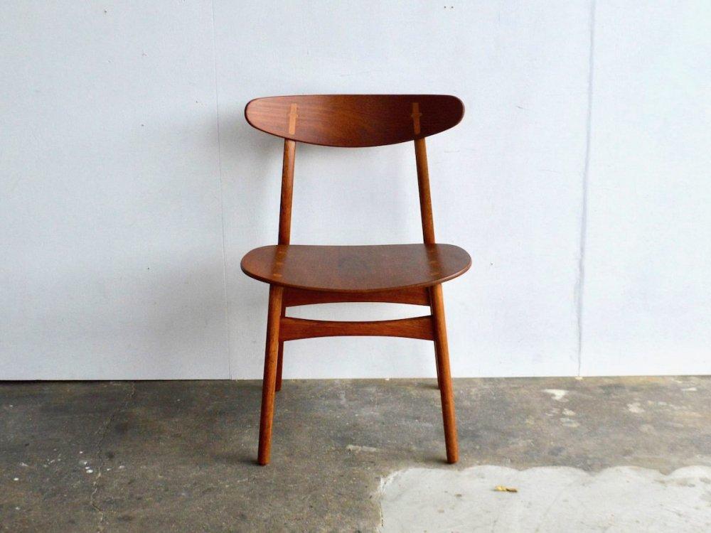 Chair / CH30