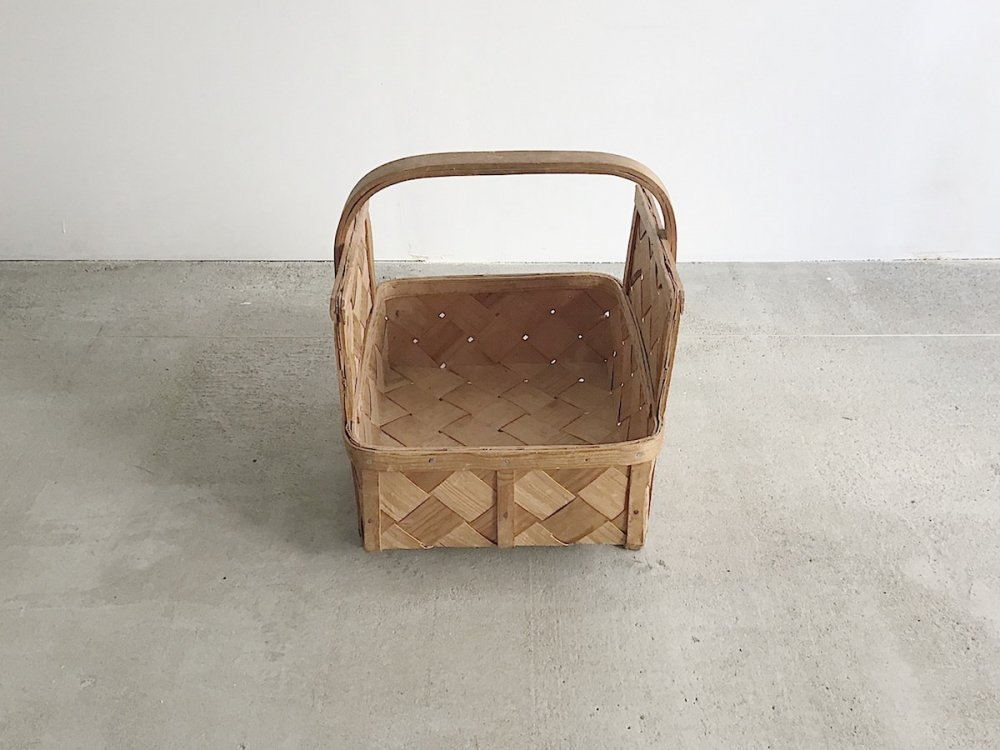 Basket  ( 10 )