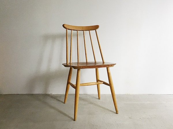 Chair / Fanett