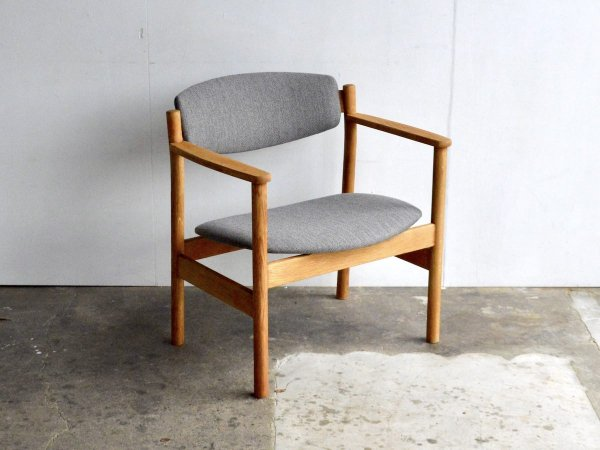 Easy Chair (1) / Jorgen Baekmark