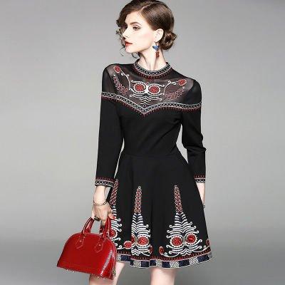 スリム Aライン 7分袖 刺繍 ショート丈 上品 結婚式 ドレス ワンピース