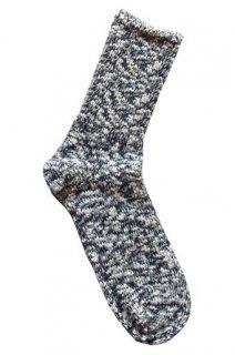 夏は涼しく冬は暖かい、麻が織り込まれたナチュラルテイストのロングセラーソックス 紺(TMSO-001NV)