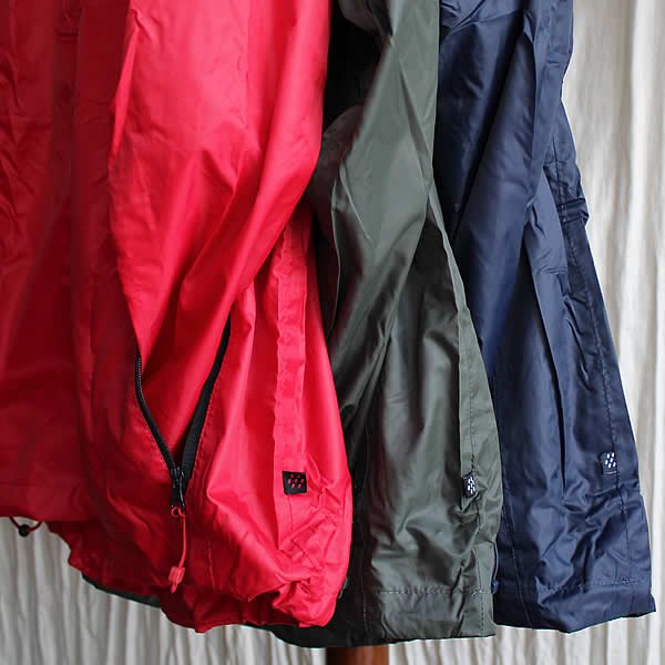 MAC IN A SAC / UNISEX WATERPROOF PACKABLE JACKET