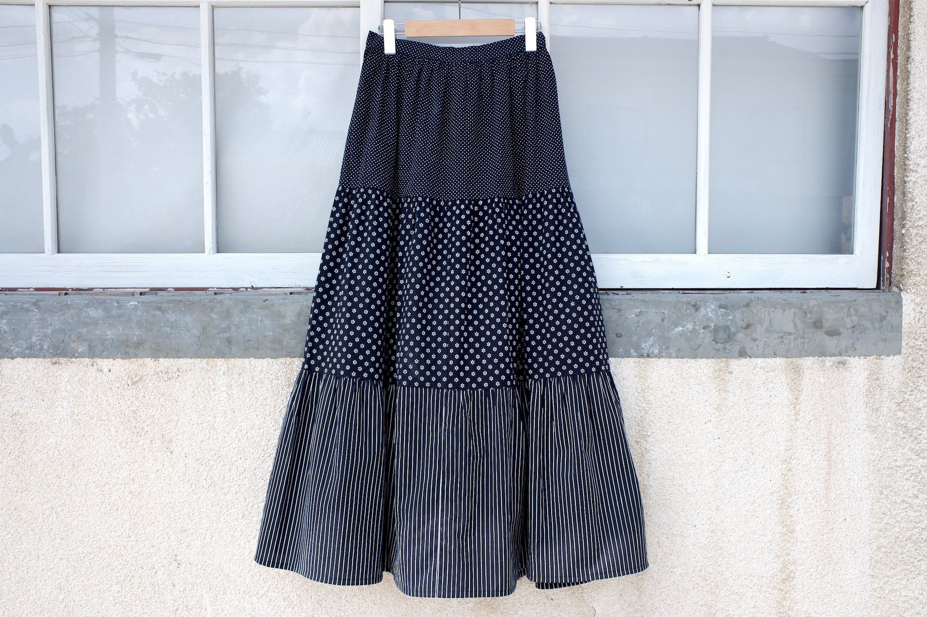 vintage/blank front and back skirt