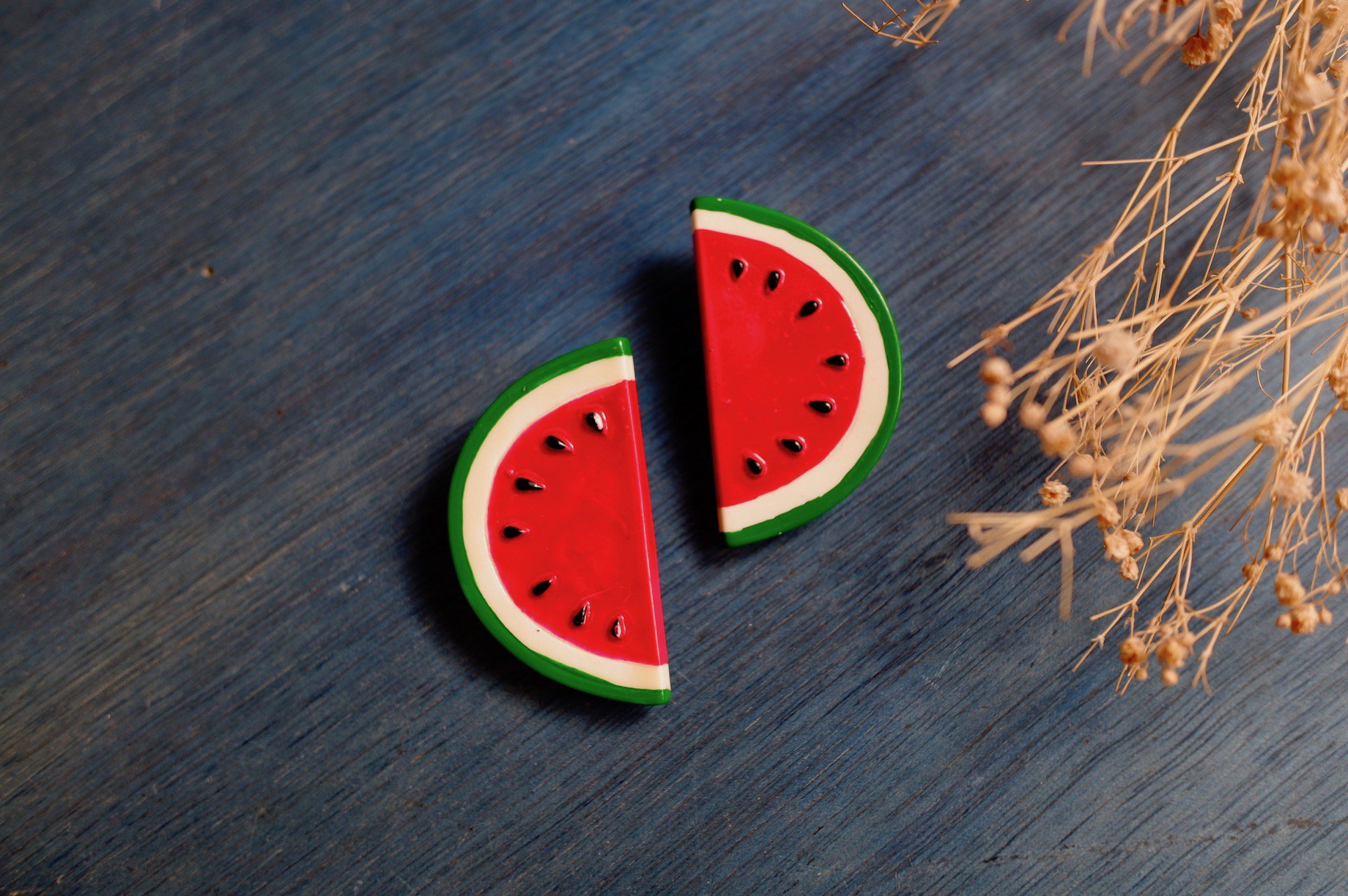<img class='new_mark_img1' src='https://img.shop-pro.jp/img/new/icons42.gif' style='border:none;display:inline;margin:0px;padding:0px;width:auto;' />vintage/watermelon split earring