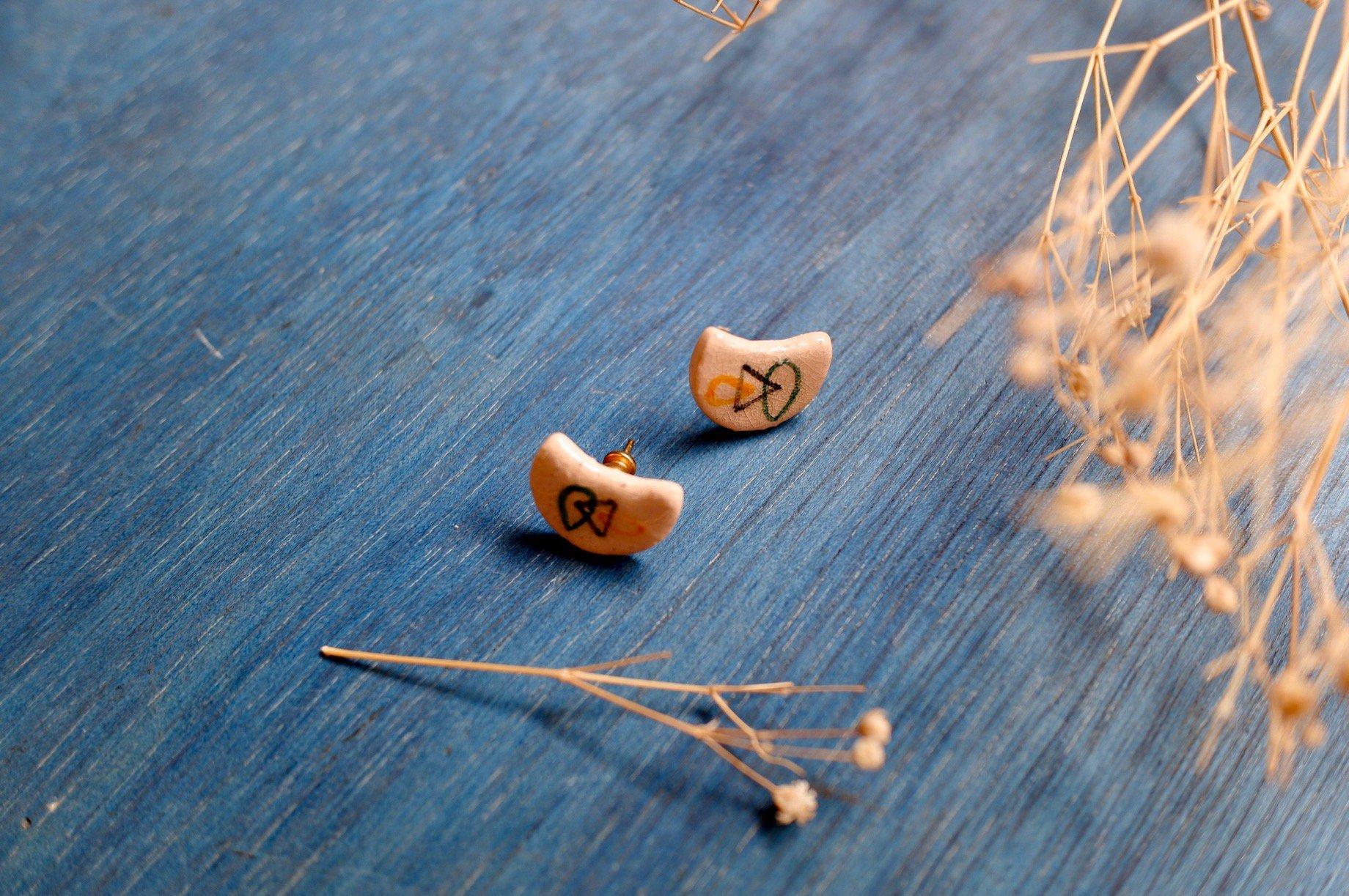 vintage/crescent fairy pierce