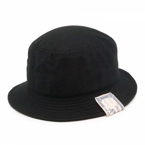 SMALL BUCKET HAT<img class='new_mark_img2' src='https://img.shop-pro.jp/img/new/icons5.gif' style='border:none;display:inline;margin:0px;padding:0px;width:auto;' />
