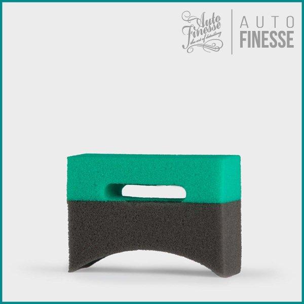 Tyre & Trim ・ アプリケーター