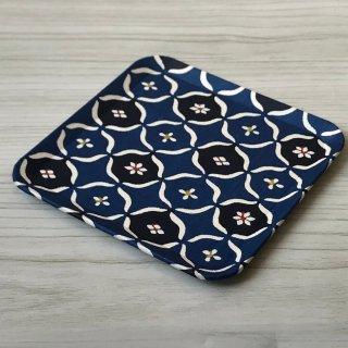 型染紙の角皿(丸紋崩し)