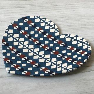 型染紙のハートトレイ(菱つなぎ文様 青)