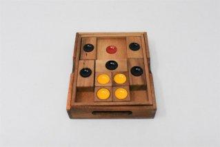 スライドパズル・大【木製ゲーム】/箱入り娘/木製パズル/タイ雑貨