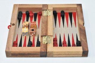 バックギャモン【木製ゲーム】/Backgammon/折り畳み式/タイ雑貨