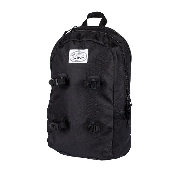 CLASSIC DAY PACK - Black