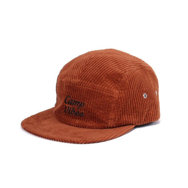 <img class='new_mark_img1' src='//img.shop-pro.jp/img/new/icons16.gif' style='border:none;display:inline;margin:0px;padding:0px;width:auto;' />CAMP VIBES 5PANEL CORDUROY CAP - CHOCOLATE
