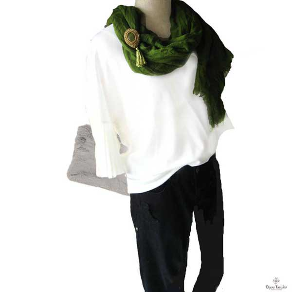 天然石サーペィンティンビーズ刺繍ブローチ ネックレス 緑 ブローチ タッセル 3WAY