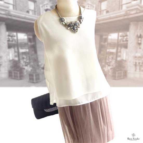 サフィレット ビジューネックレス 、ビーズ 刺繍ネックレス - アンティークな薫り  シルバー グレー