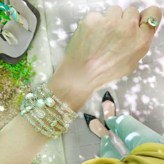 水晶 天然石ブレスレットボリューム 、白パールビーズブレスレット