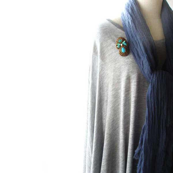 ターコイズ ブルーグリーンビーズ刺繍ブローチ、ビーズブローチ ターコイズ