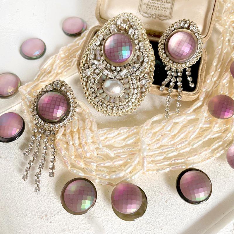 ピンク ビジュー ブローチ 、ビーズ 刺繍 ブローチ ヴィンテージ
