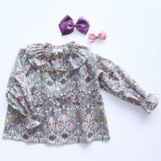 <img class='new_mark_img1' src='https://img.shop-pro.jp/img/new/icons14.gif' style='border:none;display:inline;margin:0px;padding:0px;width:auto;' />Amaia Kids - Ariane blouse - Liberty mauve アマイアキッズ - リバティプリントブラウス