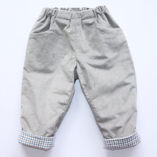 <img class='new_mark_img1' src='https://img.shop-pro.jp/img/new/icons14.gif' style='border:none;display:inline;margin:0px;padding:0px;width:auto;' />Amaia Kids - Tito trousers - Grey アマイアキッズ - コーデュロイパンツ