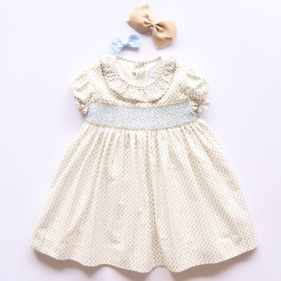 <img class='new_mark_img1' src='https://img.shop-pro.jp/img/new/icons14.gif' style='border:none;display:inline;margin:0px;padding:0px;width:auto;' />Amaia Kids - Marina dress アマイアキッズ - スモッキング刺繍ワンピース