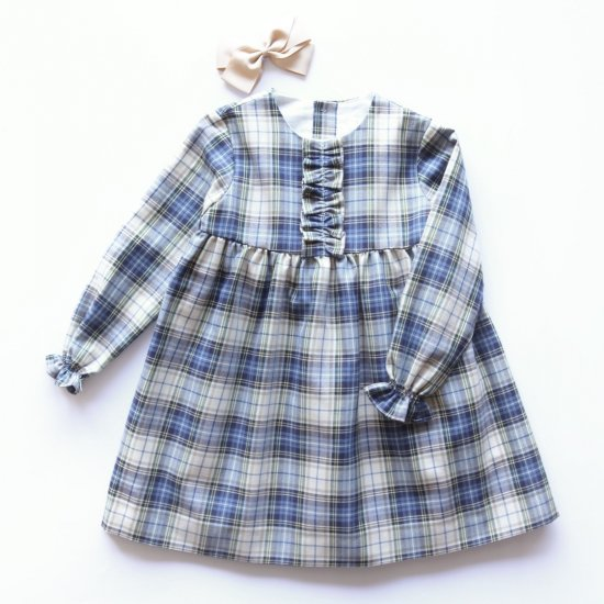 <img class='new_mark_img1' src='https://img.shop-pro.jp/img/new/icons14.gif' style='border:none;display:inline;margin:0px;padding:0px;width:auto;' />Amaia Kids - Leila Dress Blue/Beige Tartan アマイアキッズ - チェック柄ワンピース