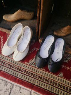 TRAVEL SHOES bychausser <br>TR-009