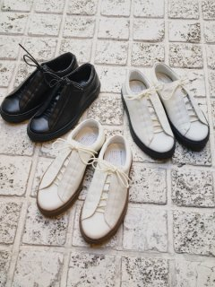 <img class='new_mark_img1' src='https://img.shop-pro.jp/img/new/icons5.gif' style='border:none;display:inline;margin:0px;padding:0px;width:auto;' />TRAVEL SHOES / TR-013