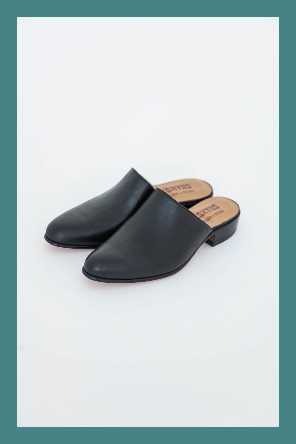 CHAMULA / FOOTWEAR CORBUSIER