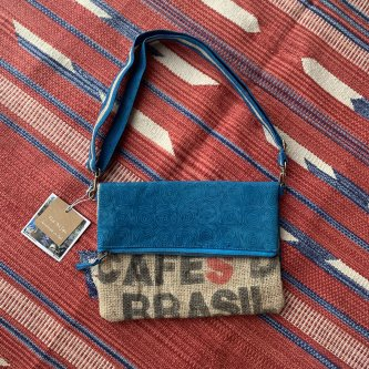 【全額寄付 We Love Bali Project 商品】2Way クラッチバック ブルー