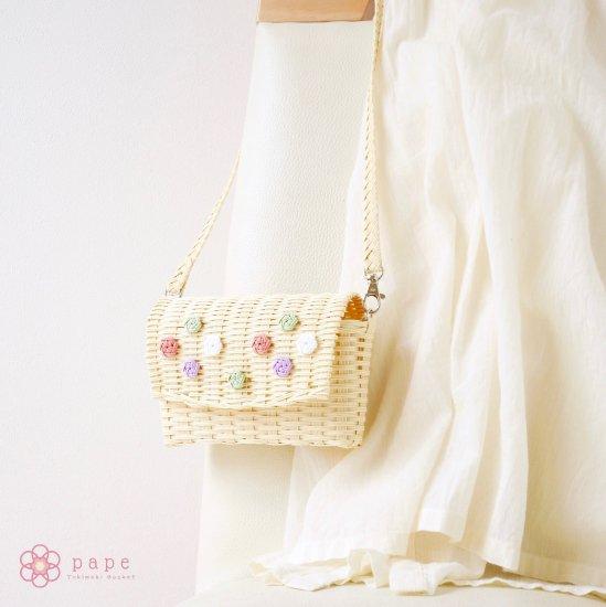 【受注生産】パステルカラーが可愛い花ボタンのミニポシェット*クリーム