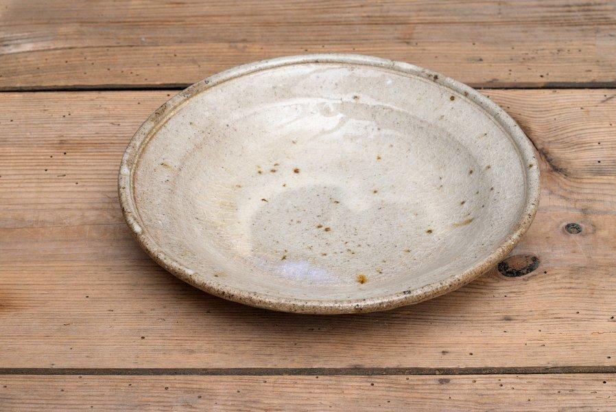 中嶋窯 白掛け玉縁皿
