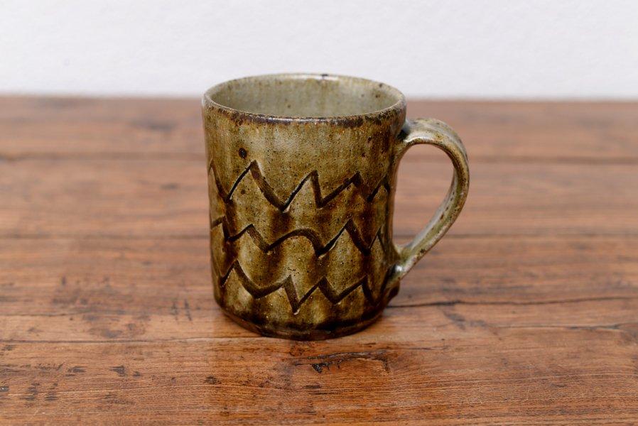 ソロソロ窯 角マグカップ
