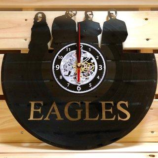 西海岸を拠点に人気を博したバンド、イーグルスのレコード盤型時計