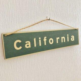 西海岸インテリアを演出!カリフォルニアのサインボード