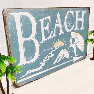 BEACHのブリキ看板
