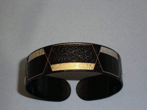 腕輪 六角数珠繋ぎ(中)