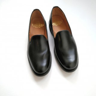 Sanders<br>ALBERT SLIPPER / Black